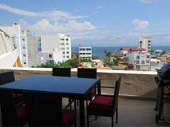 Penthouse condo with 2 bedrooms for lease, located in La Cruz de Huanacaxtle