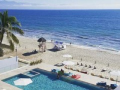 Spacious condo with 4 bedrooms for rent right on the beautiful beach of Bucerias
